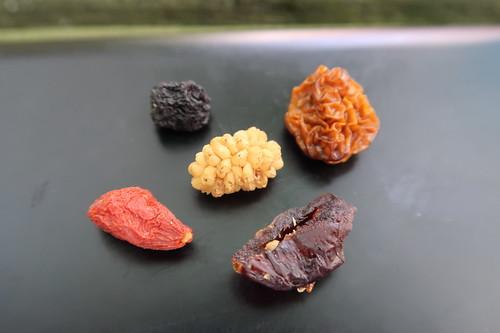 Gojibeere, Cranberry, Aroniabeere, Physalis und Maulbeere