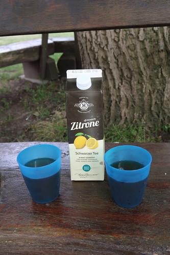 """Schwarzer Tee Zitrone (bei Rast an Dützener Mühle auf Radtour """"Ab übers Wiehengebirge"""")"""