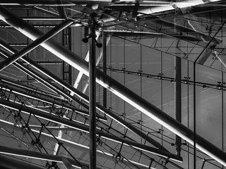 Structured chaos bw