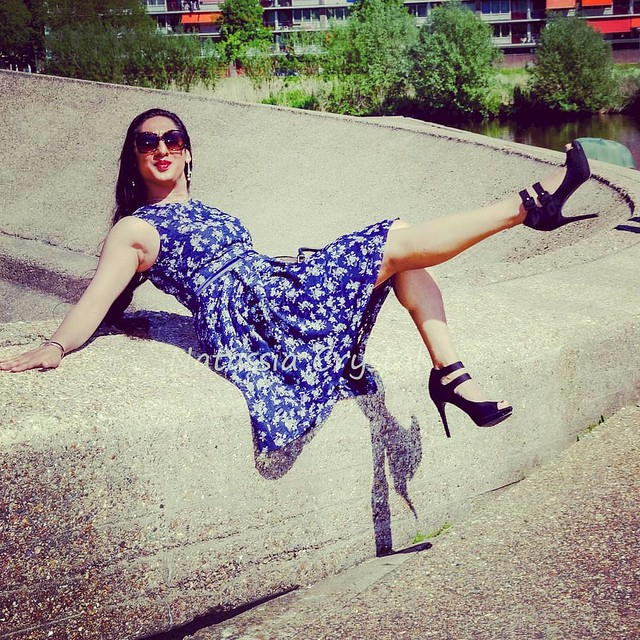 Kick my heels up!