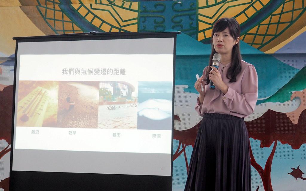 陳惠平指出,氣候變遷的發生凸顯偏鄉地區對於災害因應和用電的脆弱度。攝影:李育琴