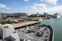 USS Green Bay (LPD 20) approaches the pier in Cairns, Australia, July 26. (U.S. Navy/MC2 Anaid Banuelos Rodriguez)