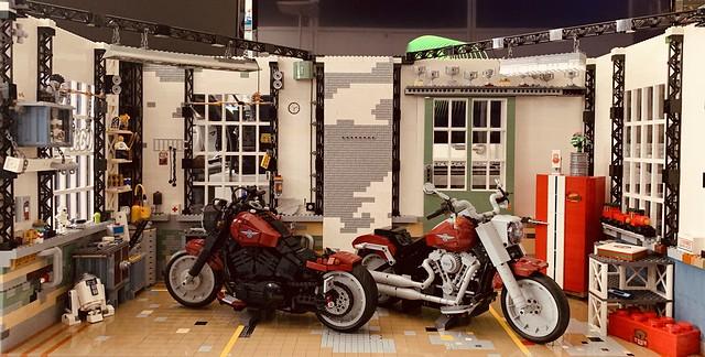 Lego Harley Davidson Garage