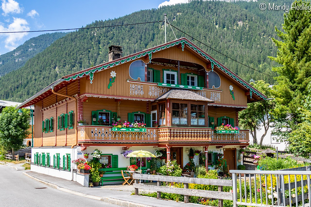 A typical Austrian design building - I'd love to live here