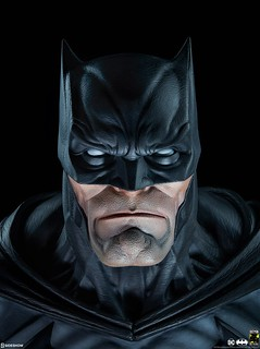 壓倒性的強悍魄力! Sideshow Collectibles DC Comics【蝙蝠俠】Batman 1:1 比例半身胸像作品