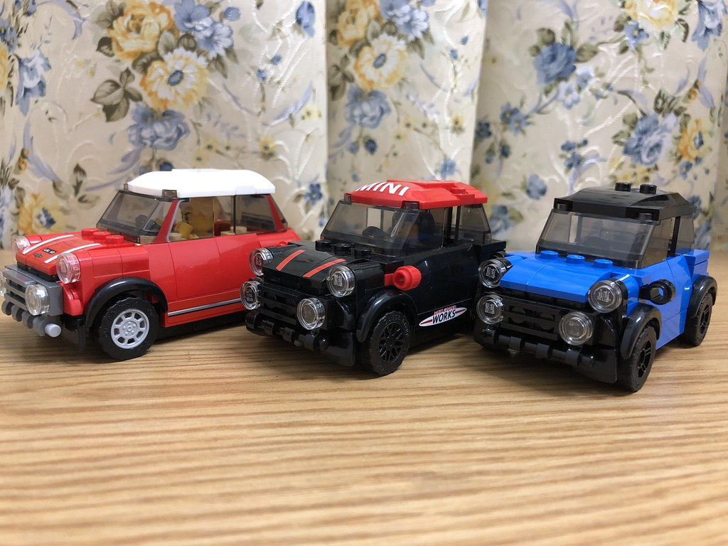 Lego Mini Coopers