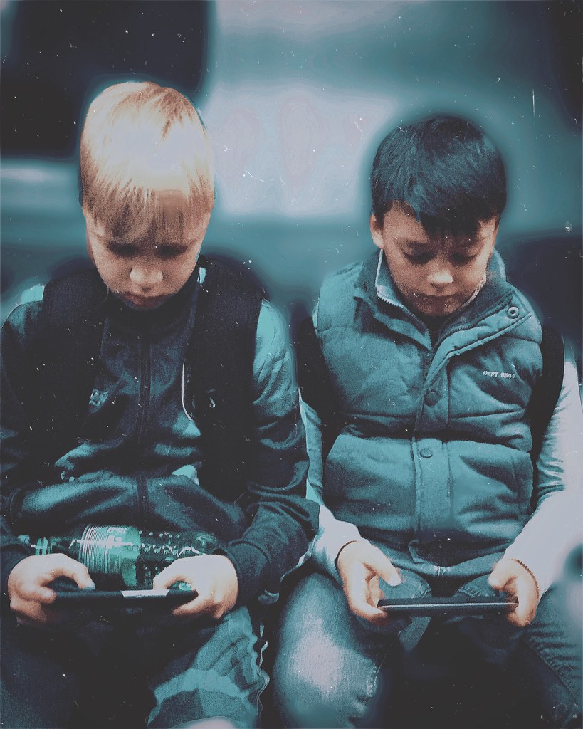 ***subway gamers***👦👦🚇