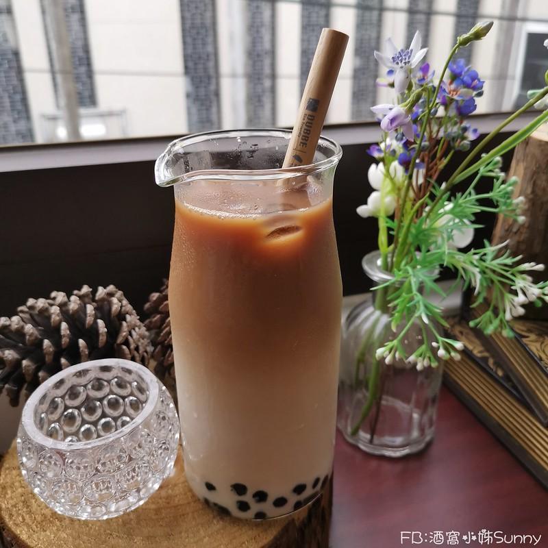 嘉義手搖飲料推薦|木衛二嘉義鑄茶所 X 茶水間有限公司