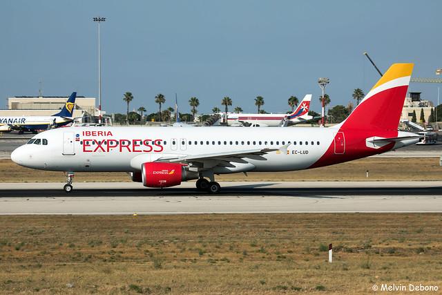 Iberia Express Airbus A320-214  |  EC-LUD  |  LMML