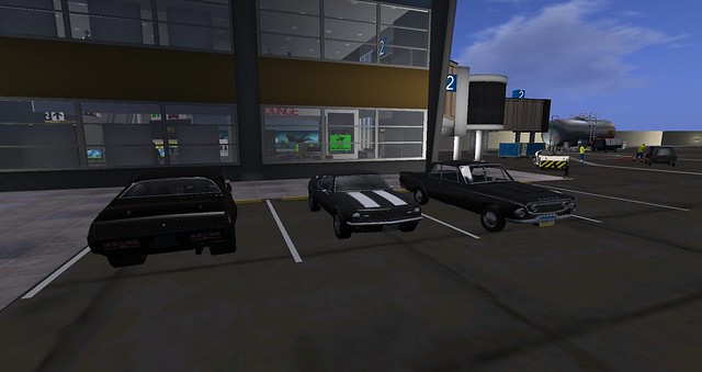 My Zamani Stylo and other muscle Cars on the Riff Airport