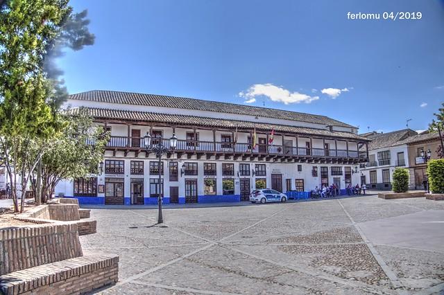 Consuegra (Toledo) Plaza Mayor 20190430