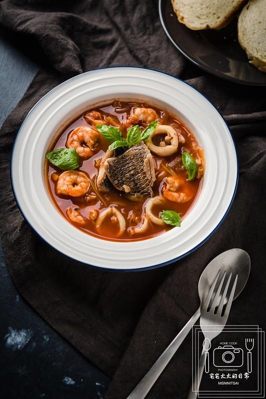 宅宅太太的日常,番茄海鮮湯 @陳小可的吃喝玩樂