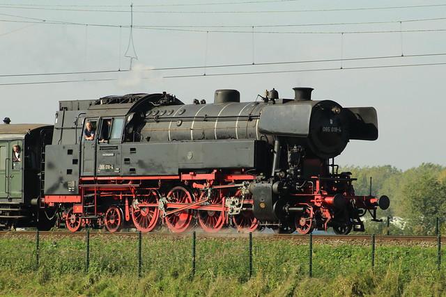 2018-10-06; 0188. SSN 065 018-4 (65 018) met trein 39394. Spoorweglaan, Moordrecht. Open Dagen SSN.