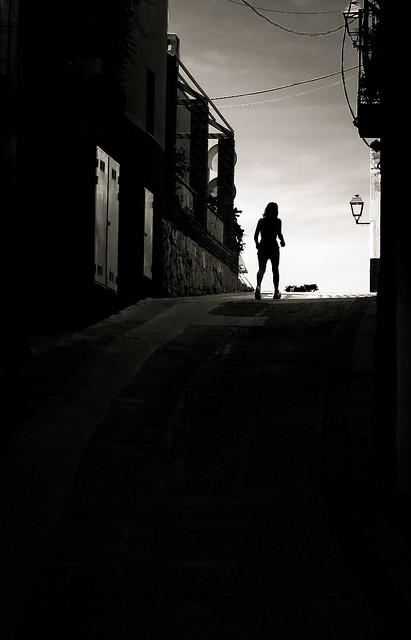 Saliendo de la oscuridad.