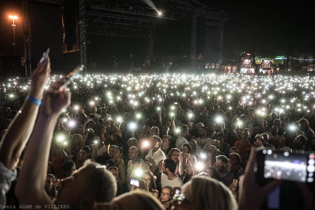 Des lumières pour « M »
