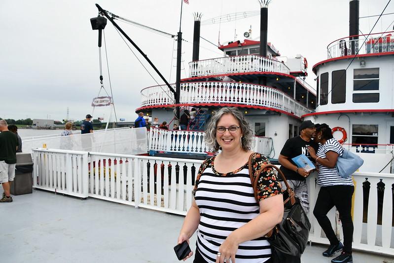 Gateway Arch Riverfront Cruise, St Louis, MO