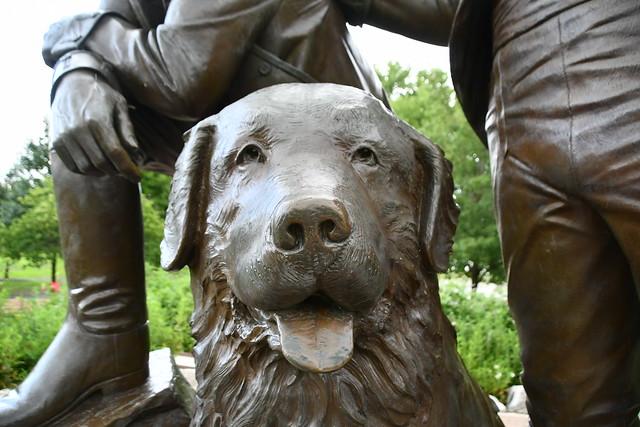 Seaman the Newfoundland dog at Lewis & Clark Monument, St Charles, MO