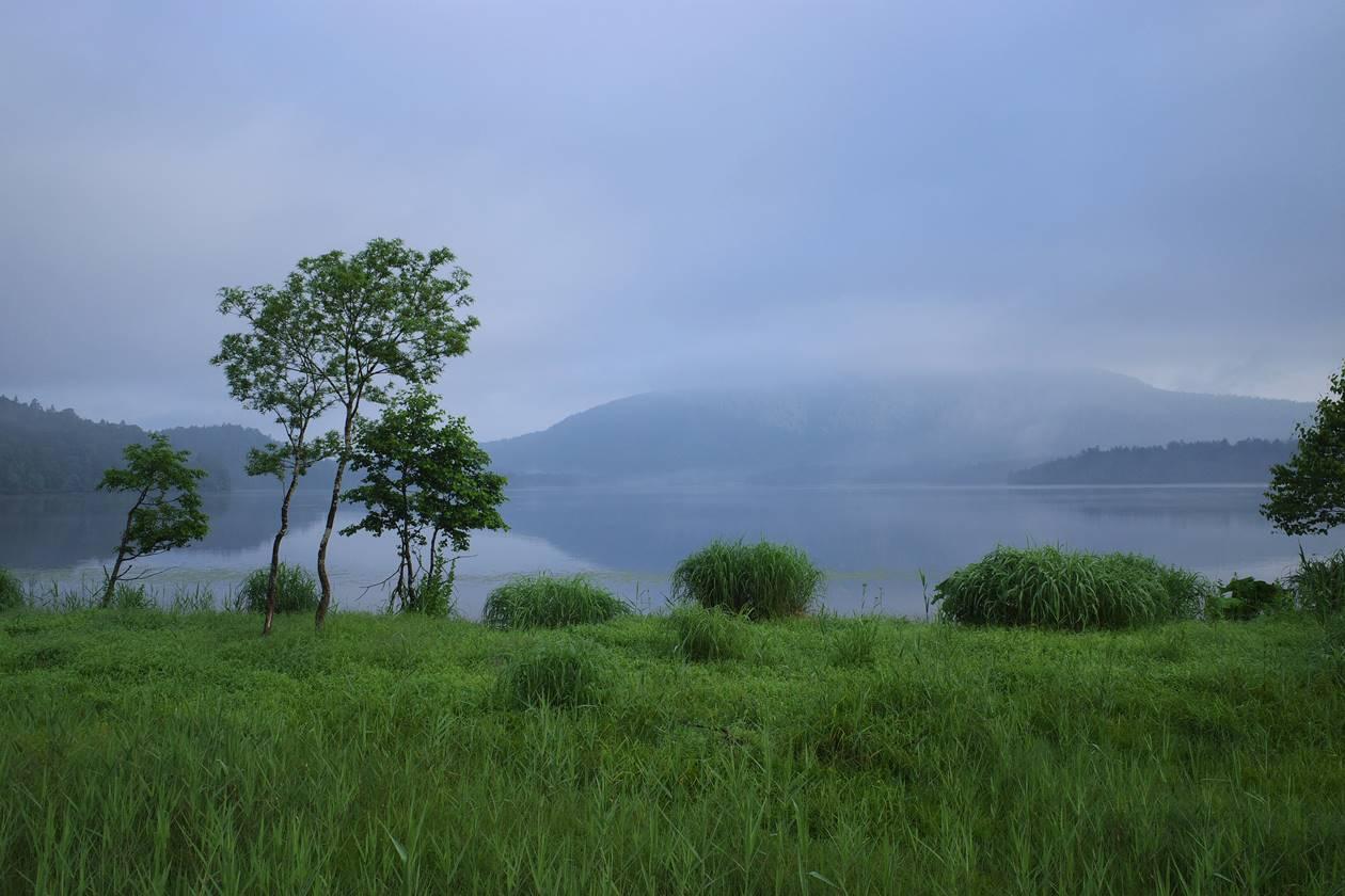 朝霧の尾瀬沼