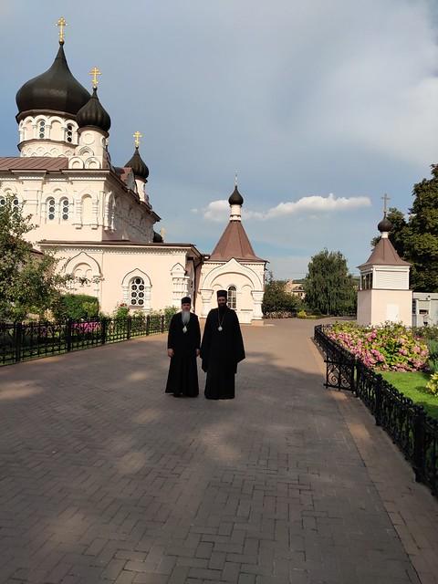В монастырях Киева