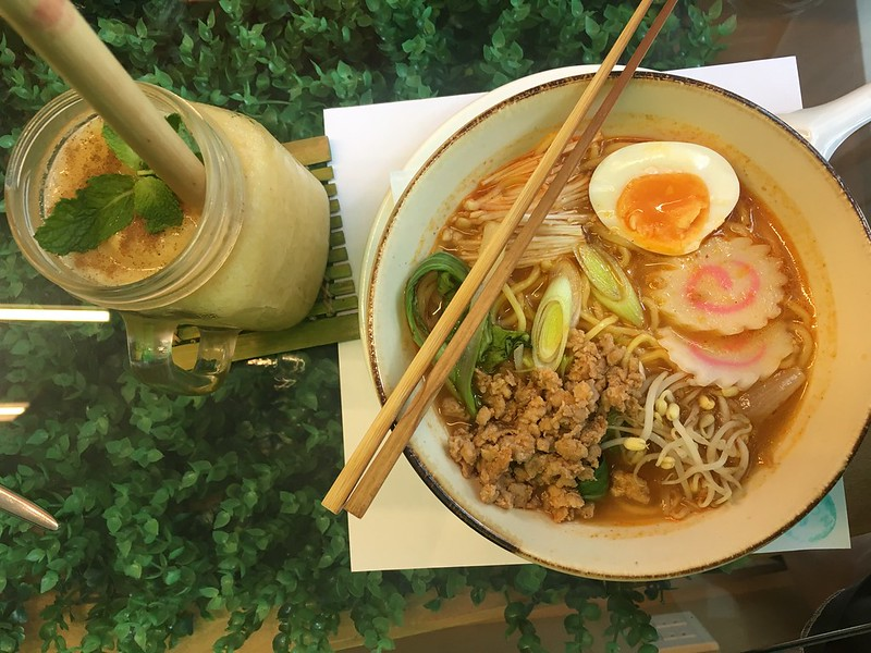 Nomi Cafe, BGC