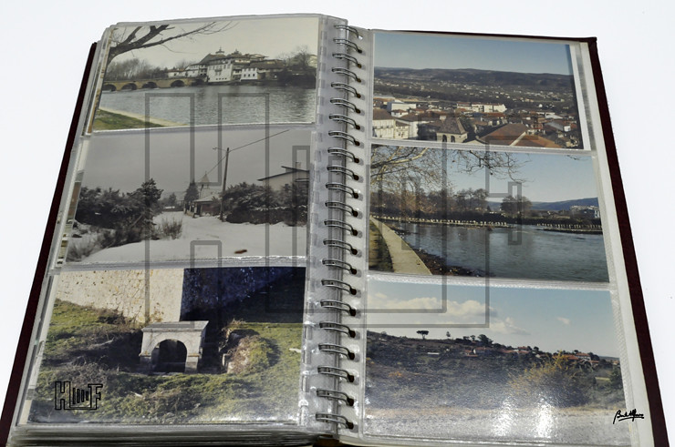 _DSC9185 Álbum com 113 fotografias a cores 13 x 9 cms