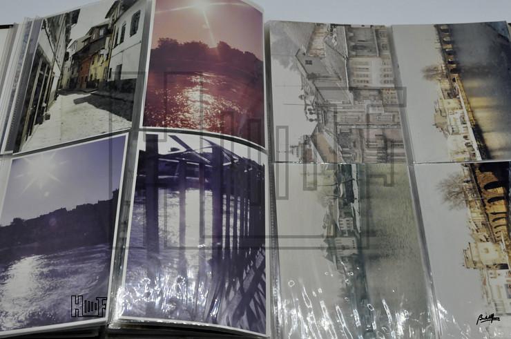 _DSC9190 Álbum com 76 fotografias a cores 15 x 10 cms