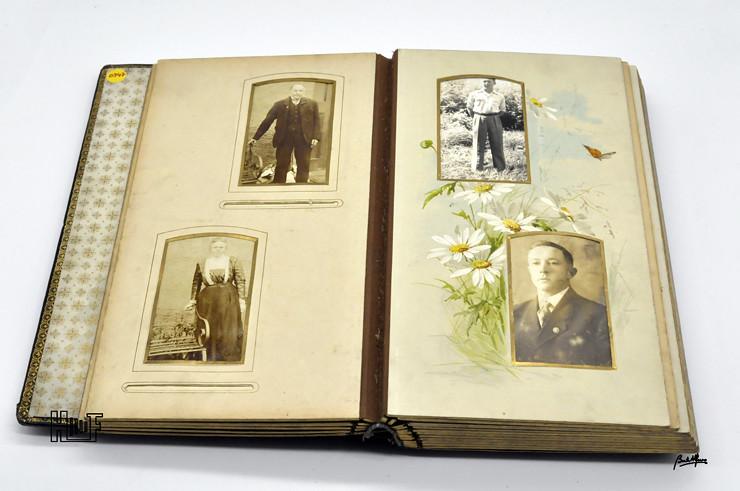 _DSC9129 Álbum em couro com 17 CDV's e 17 Cabinets