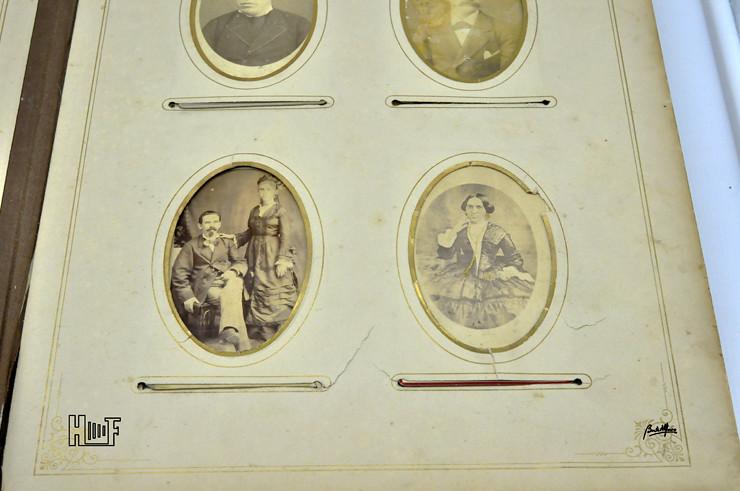 _DSC9146 Álbum em tecido com aplicações em metal - 42 CDV's, 6 Cabinets e 10 fotografias