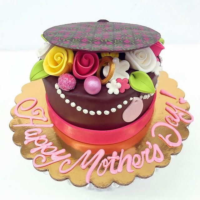Cake by Freeport Bakery