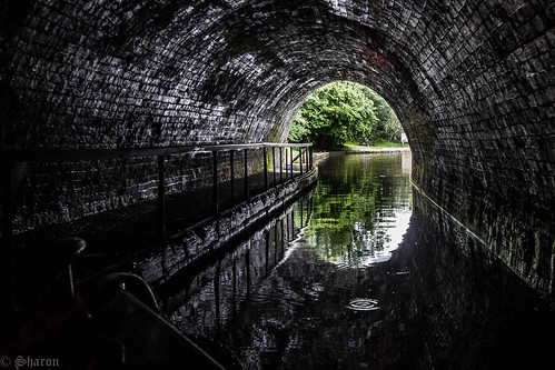 chirk chirktunnel llangollencanal canal holidays