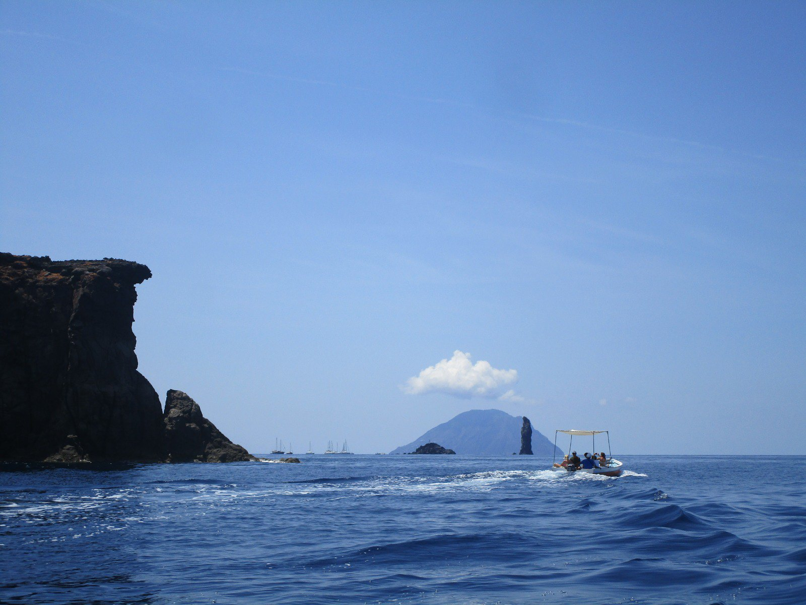 MARCHA-0562 Trekking en las Islas Eolias – Italia