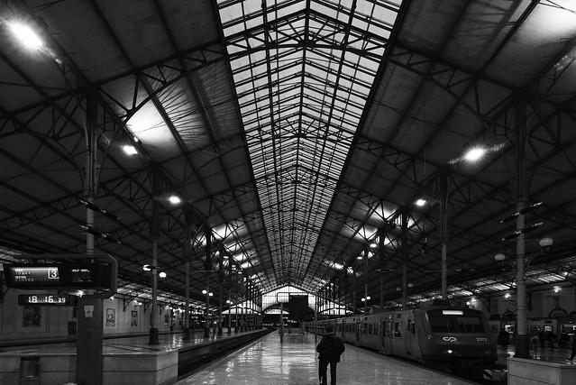 perspective de quai à Lisbonne