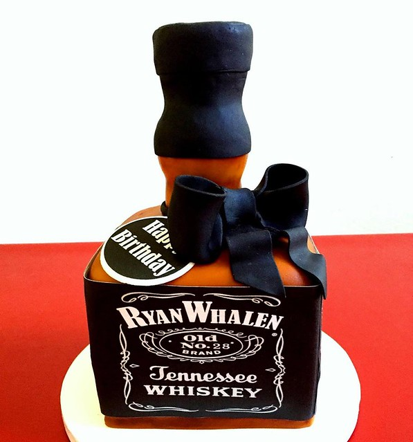 Tennessee Whiskey by Cake Couture Love