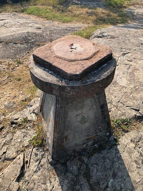 Kap-Kig-Iwan - Sundial