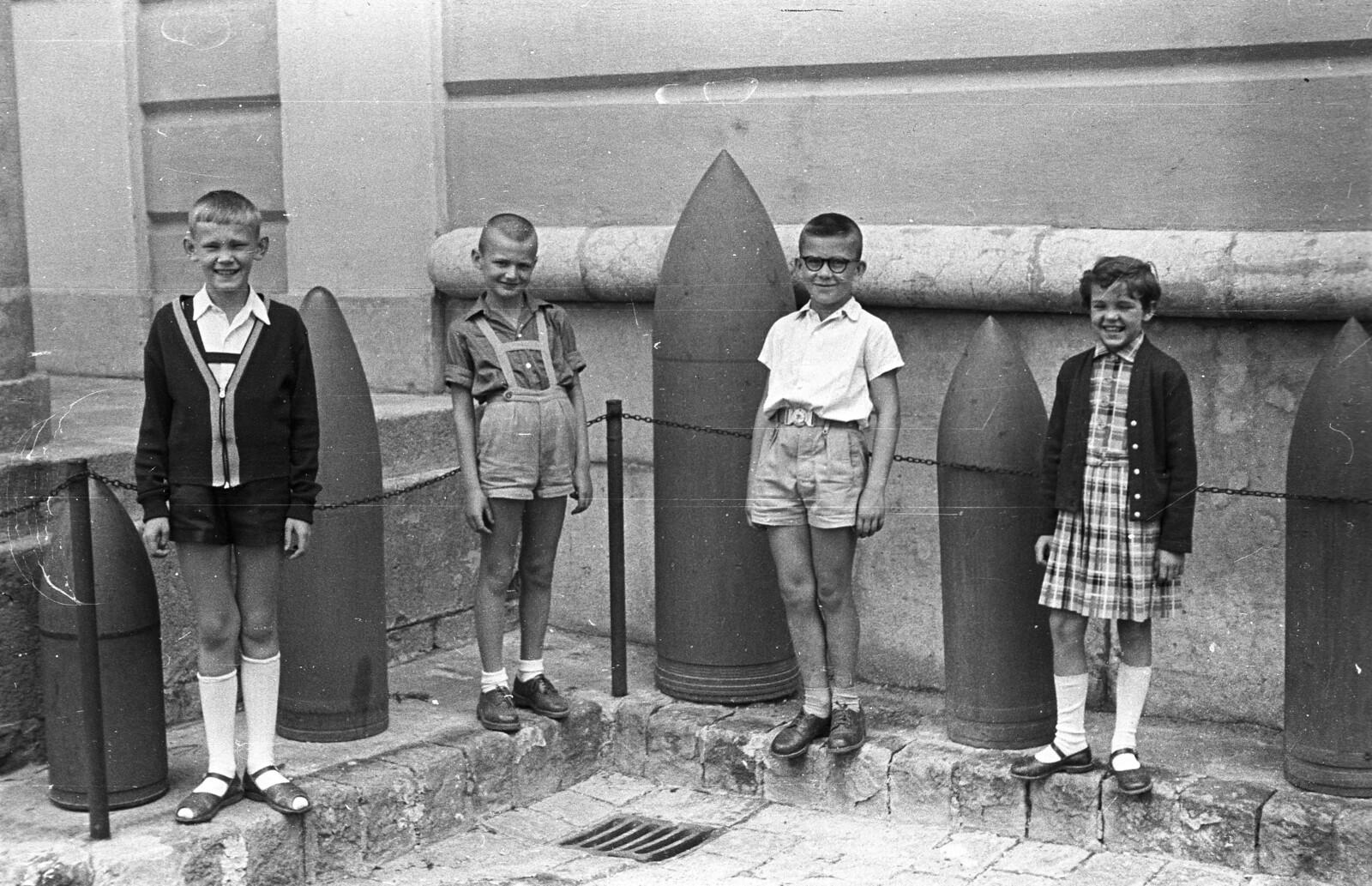 Évente 2000 bombát találnak a magyarok