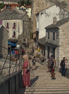 Na moście w Mostarze