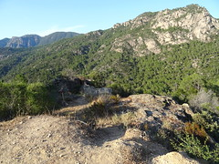 La plate-forme rocheuse devant Punta di Cinaghja : site de la future antenne téléphonique