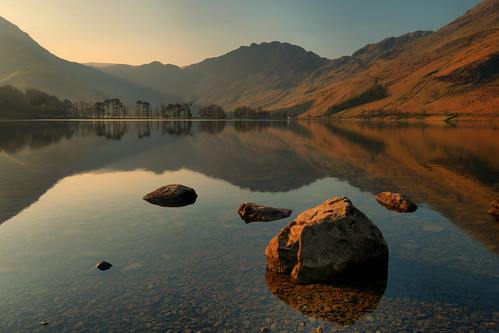 buttermere reflections april spring light cumbria england lakedistrictnationalpark lakeland uk landscape sunrise nature sky mountains haystacks fleetwithpike view scenery photography calm peaceful tranquil