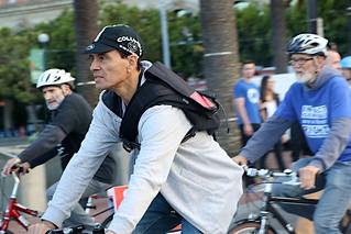 jul2019 04 bike-cap