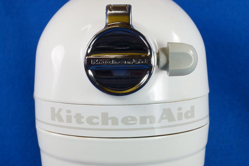 RD29044 KitchenAid Professional 5 Plus White 10 speed 5 Qt Lift Bowl Beater Stand Mixer KV25G0XWW DSC01228