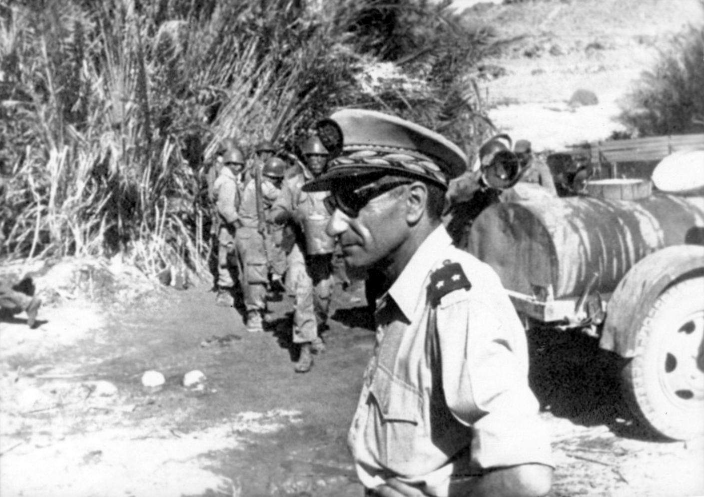 Photos - Guerre des Sables - 1963 - Page 8 48392239171_3b1c44172c_o