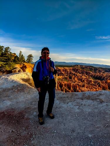 brycecanyon utah canyon morning sunrise trail me walk portrait nature landscape pixel2xl