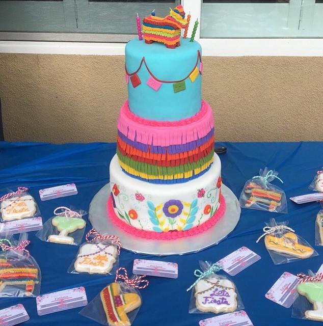 Cake by Dulce Carousel
