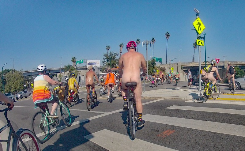 LA World Naked Bike Ride 2019 (165032A)