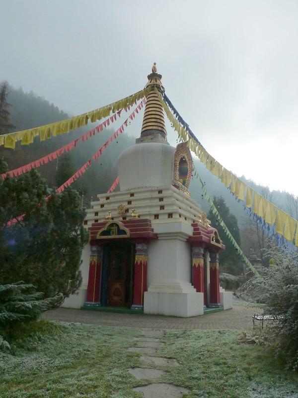 2016 Karma Ling