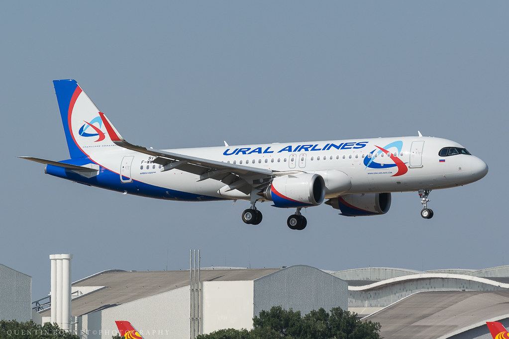 Ural Airlines Airbus A320-251N F-WWBV (VQ-BRX)
