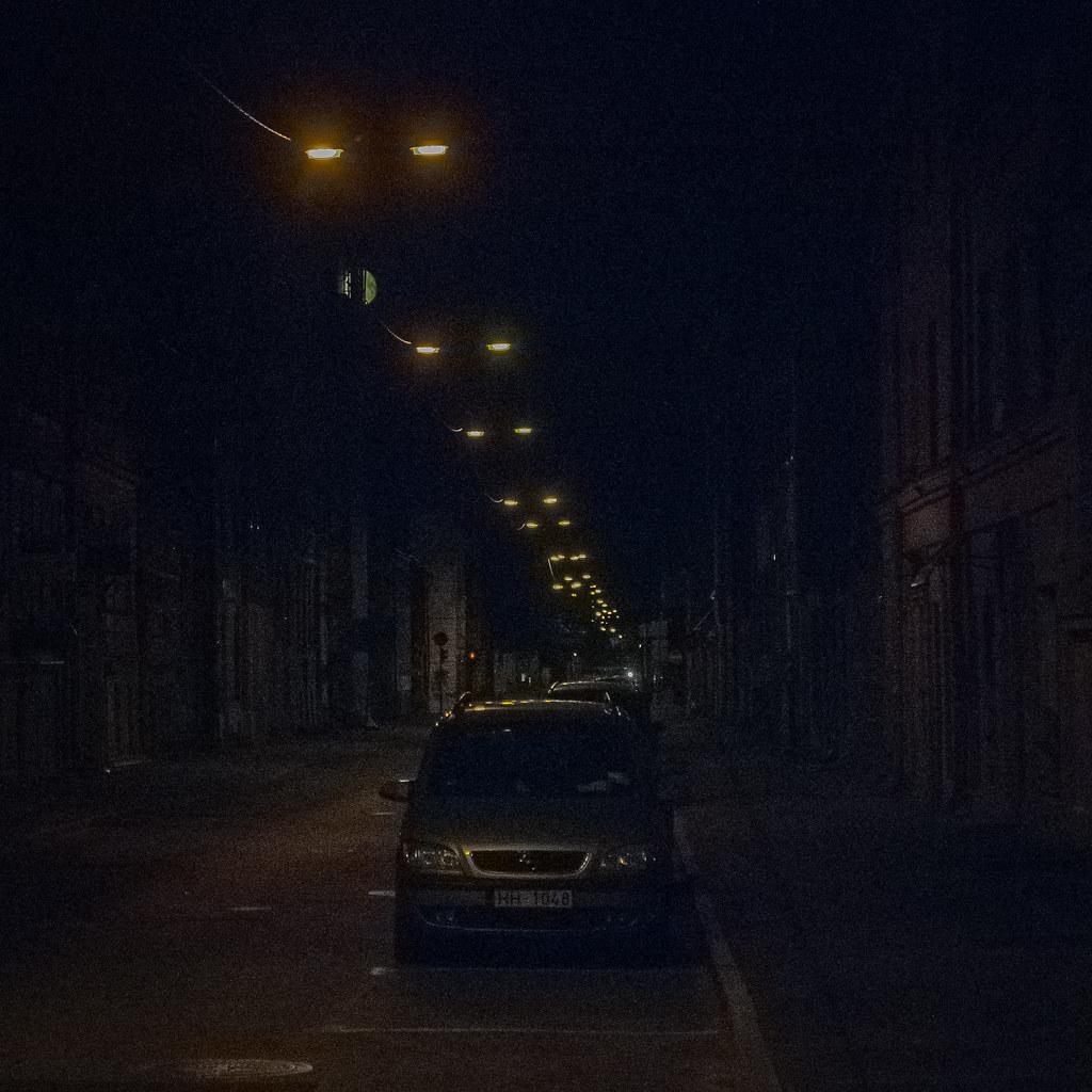 love the darkness 00:22:36 DSC_3417