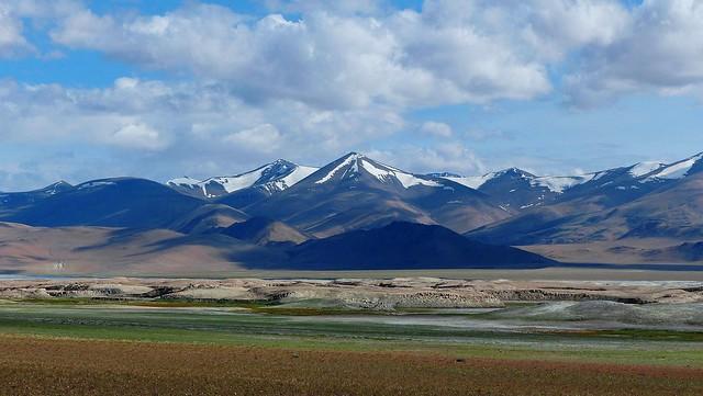 Glaciers Mountains view from  Tso Kar - 4,530m Alt