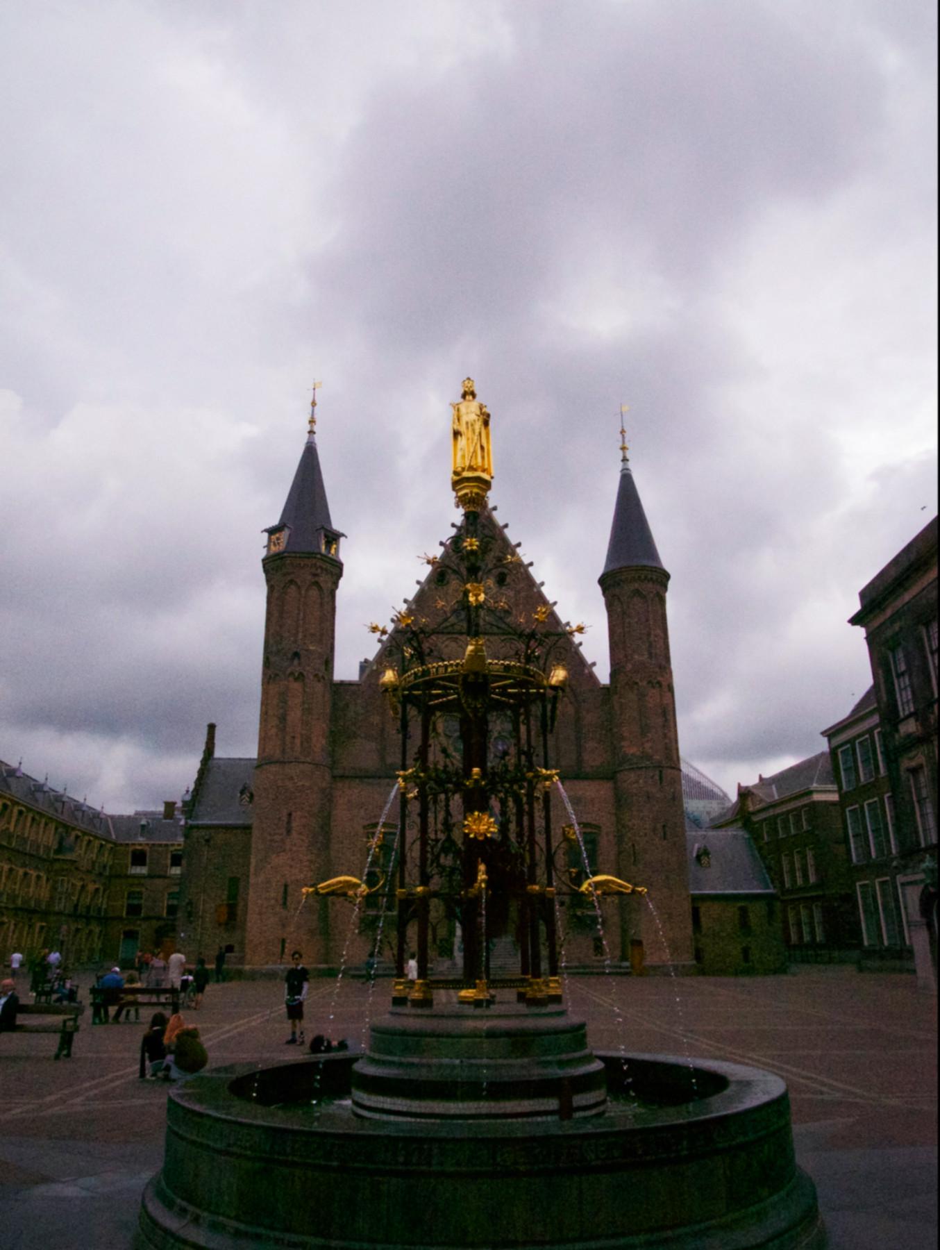 107-Nederland-Den Haag