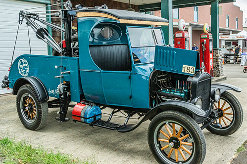1925 Ford TT Wrecker
